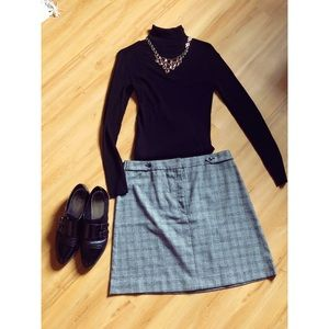 Banana Republic Gray Plaid Skirt